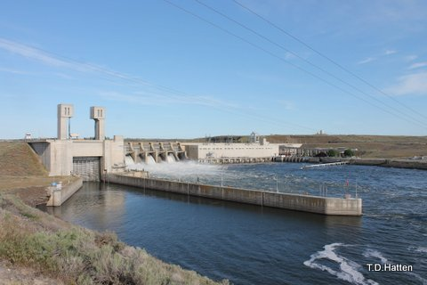 Ice Harbor Dam near the Tri-Cities of eastern Washington